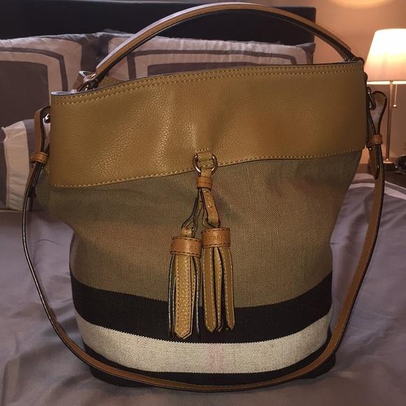 bd9e4b7e838 Burberry Handbags - Burberry Ashby Tote